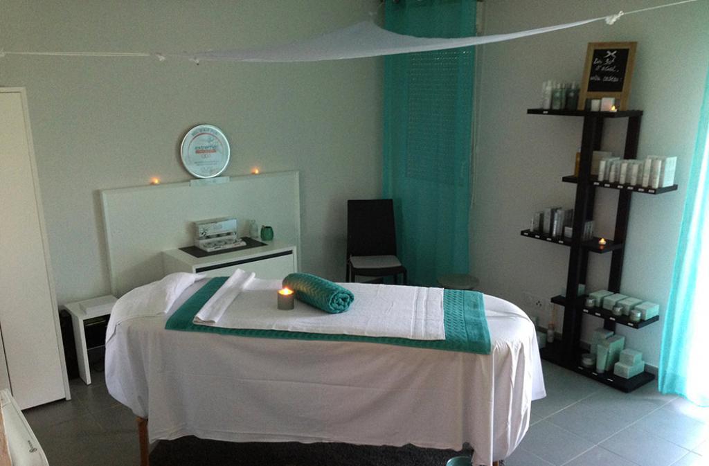 Slide espace soin et massages