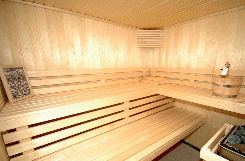 Slide sauna