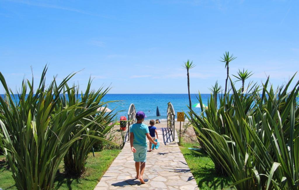 Slide accès plage à pieds