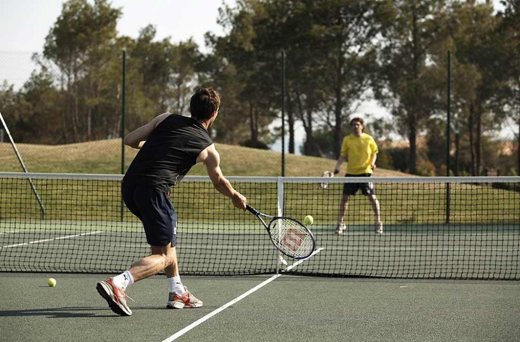 Slide le court de tennis