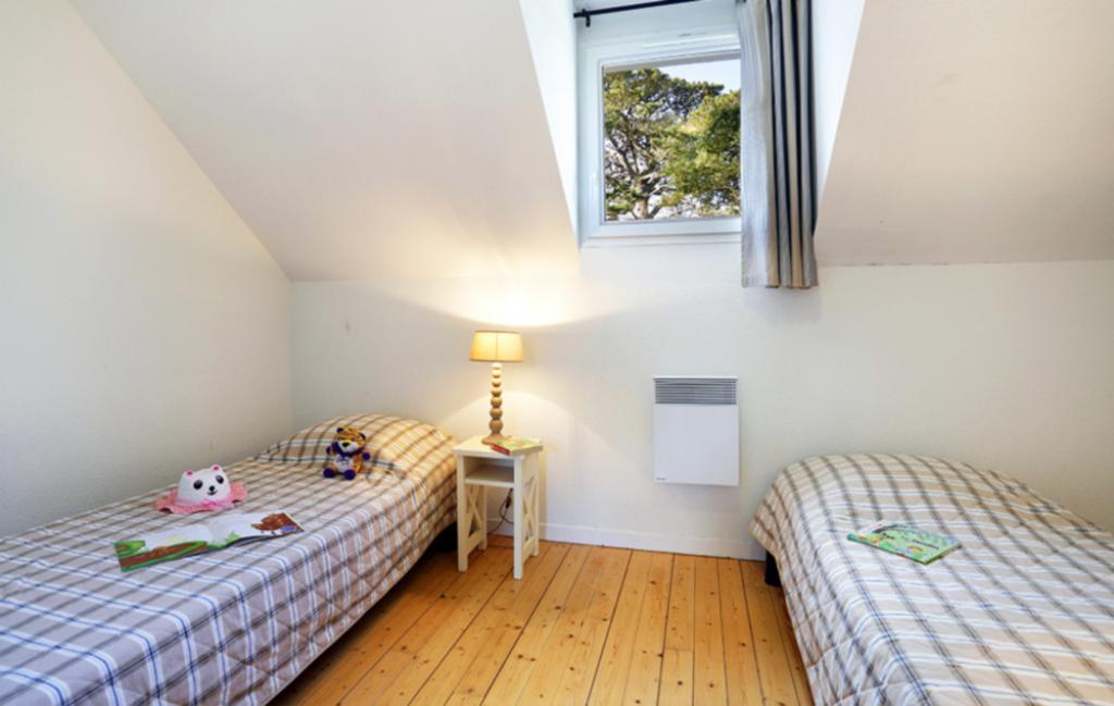 Slide Chambre avec lits jumeaux - résidence Iroise Armorique