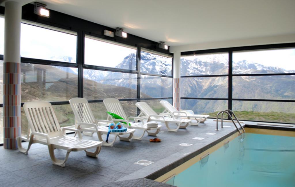 Slide Résidence le Hameau de Balestas - piscine