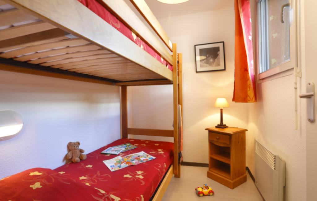Slide Les Grands Ax - petite chambre
