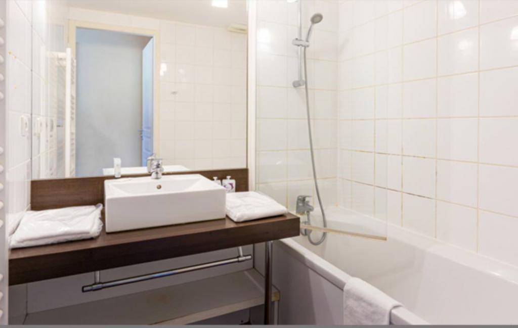 Slide salle de bains