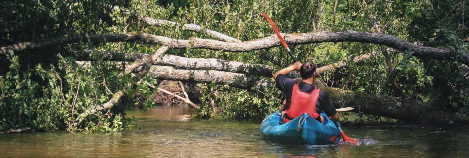 Slide activité familale : le canöé