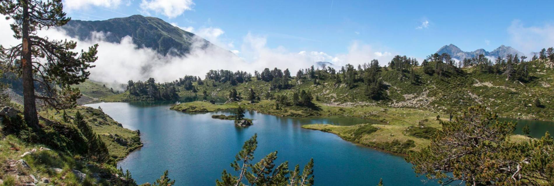 Slide Résidence Le Hameau de Balestas - Lac et montagne