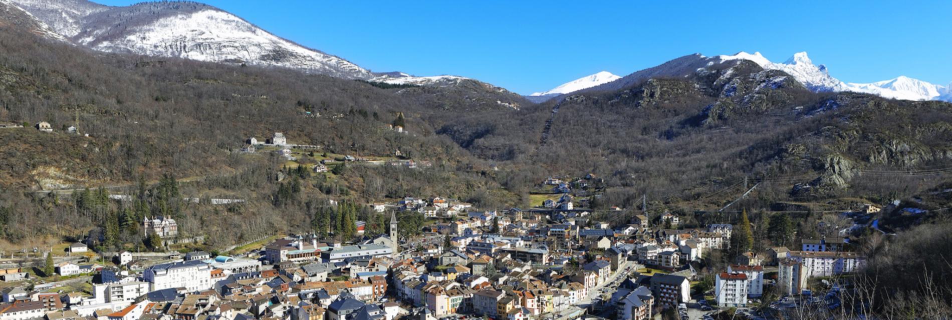 Slide Les Grand Ax - village